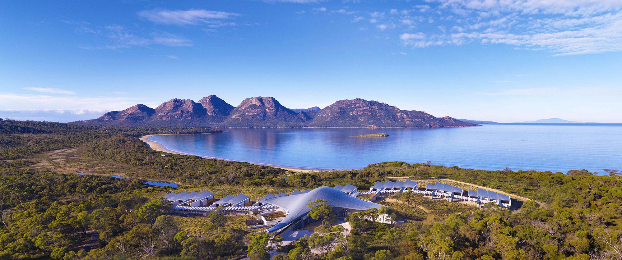 D113-hero-australia-saffire-freycinet-aerial-tasmania-luxury-lodge-coles-bay-2000x837