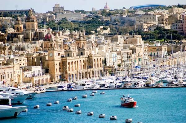 Vịnh Mellieha ở Malta