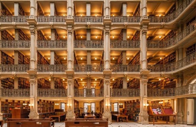 Thư viện George Peabody tại đại học Johns Hopkins