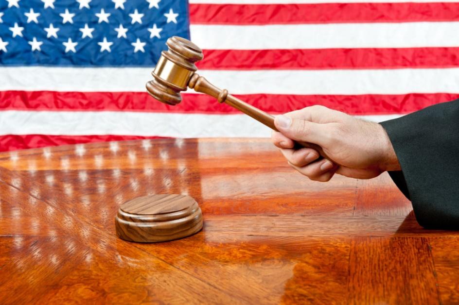 luật gia hạn MB-5 định cư Mỹ