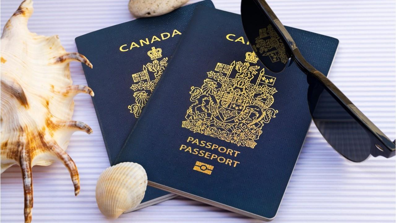 Thẻ thường trú nhân vĩnh viễn Canada