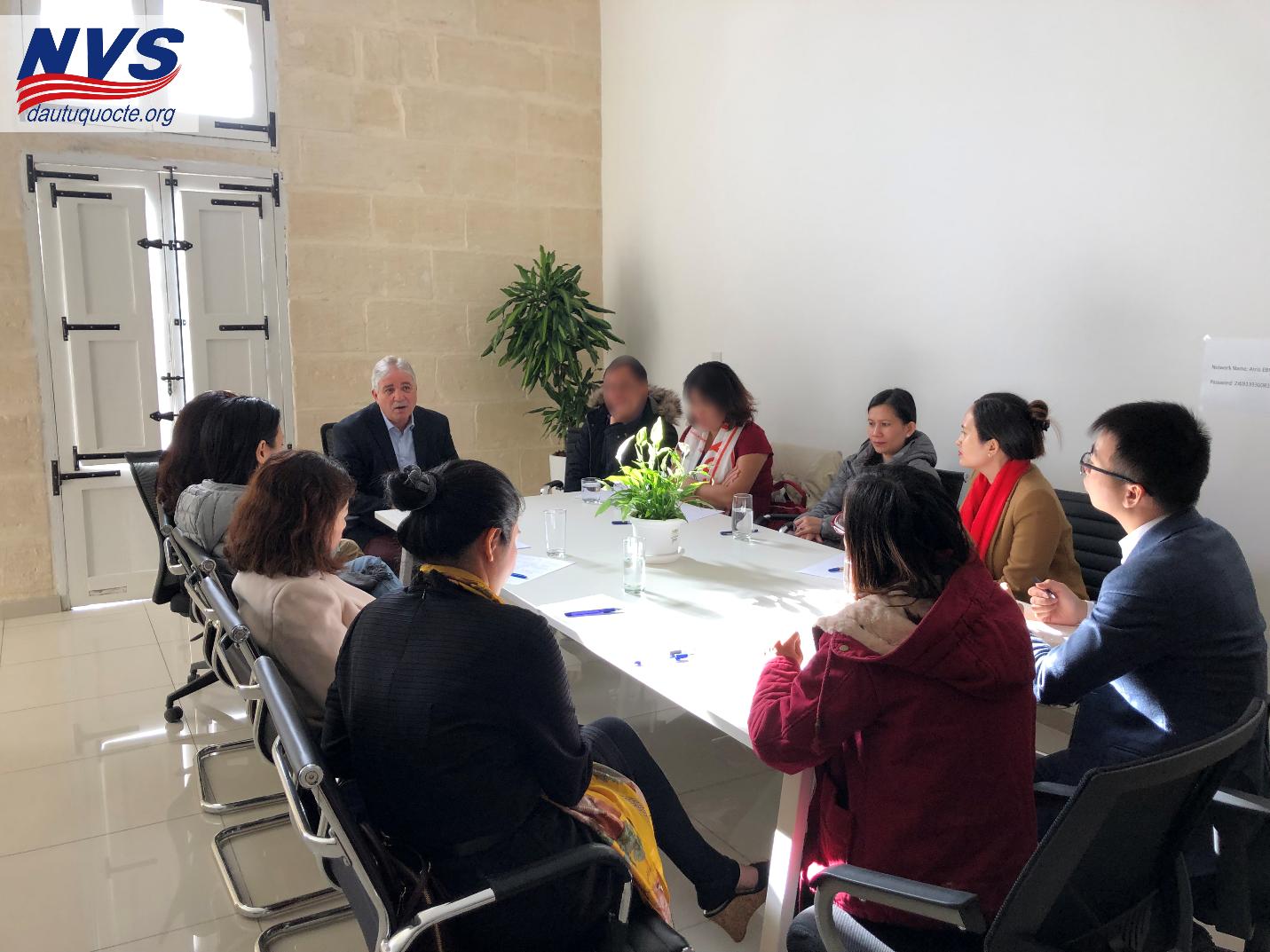BOD NVS trao đổi với cựu cục trưởng di trú Malta