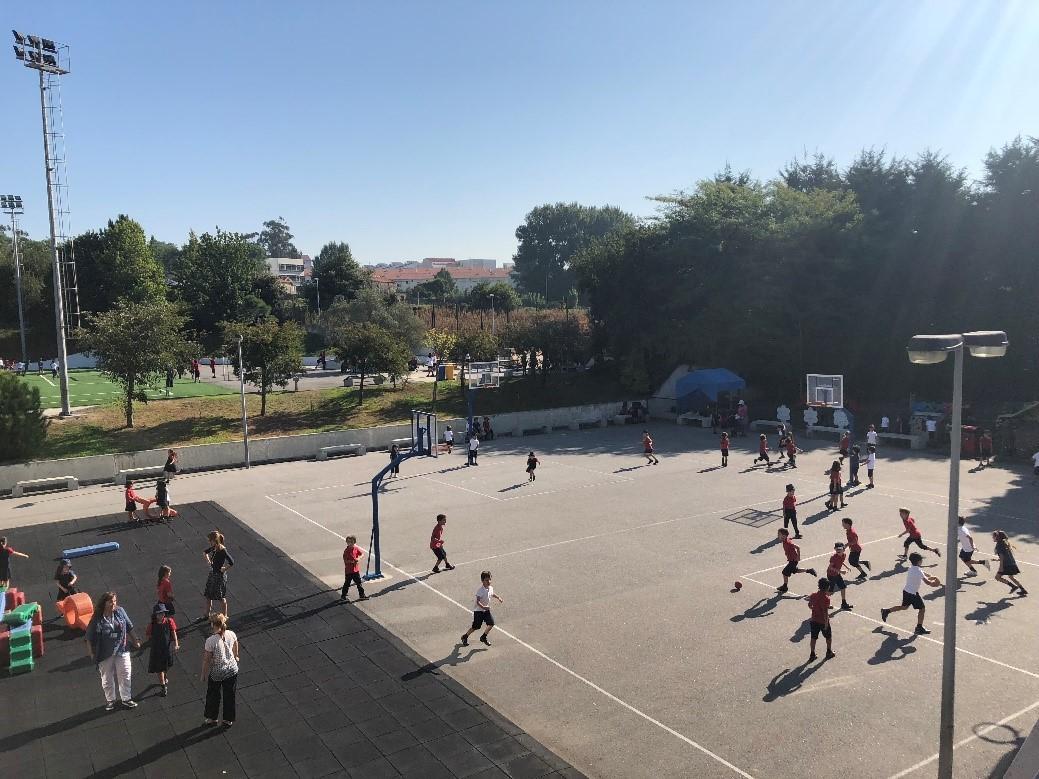 Học sinh được phát triển toàn diện về giáo dục và thể chất – Hình chụp của NVS trong chuyến khảo sát Bồ Đào Nha