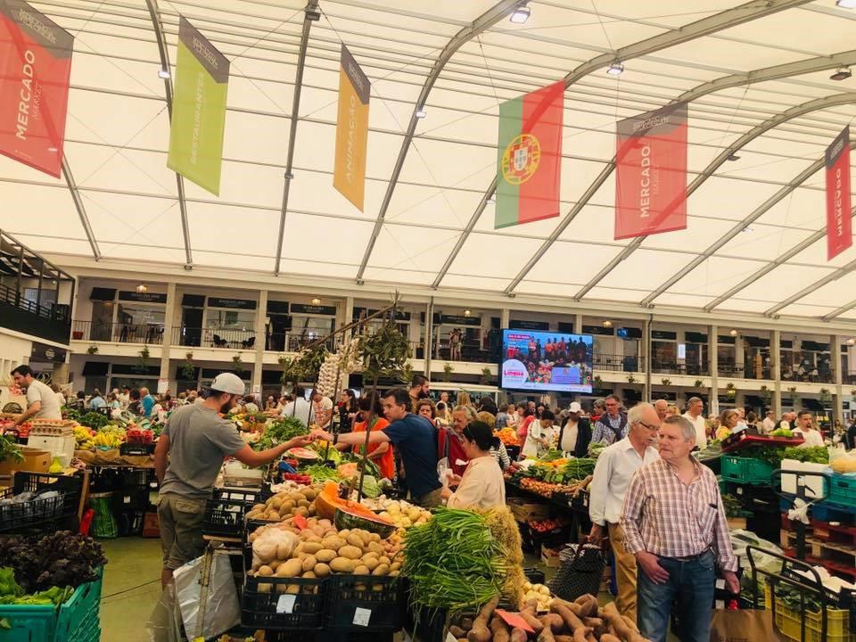 Một khu chợ tại Bồ Đào Nha
