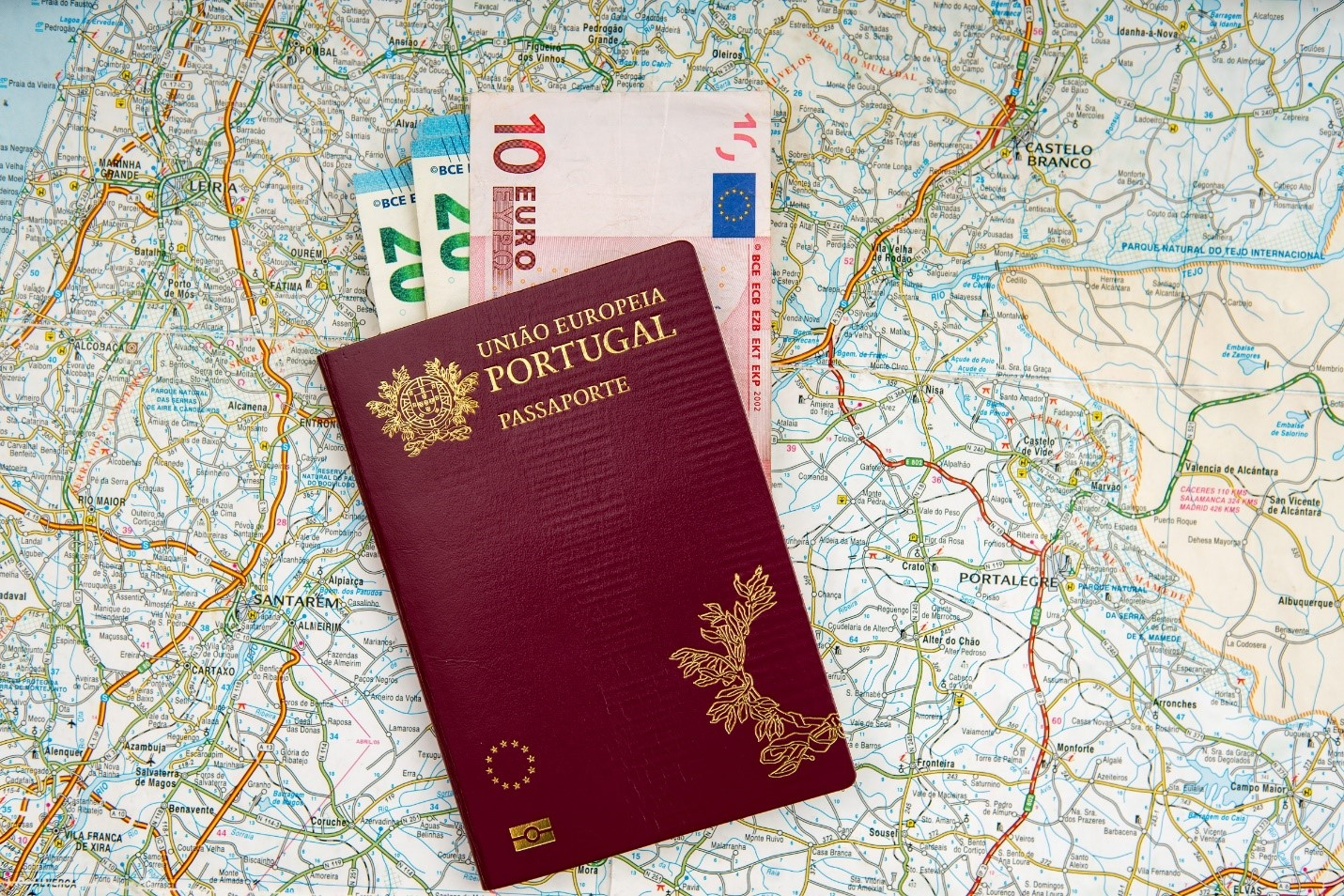 Hộ chiếu Bồ Đào Nha quyền lực ngang với hộ chiếu Mỹ