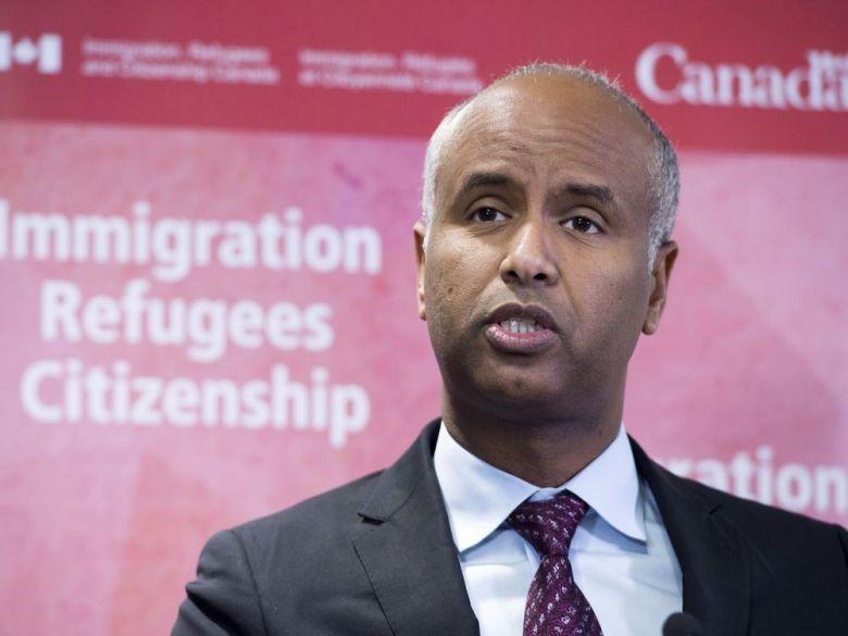 Bộ trưởng di trú Canada- ông Ahmed Husen