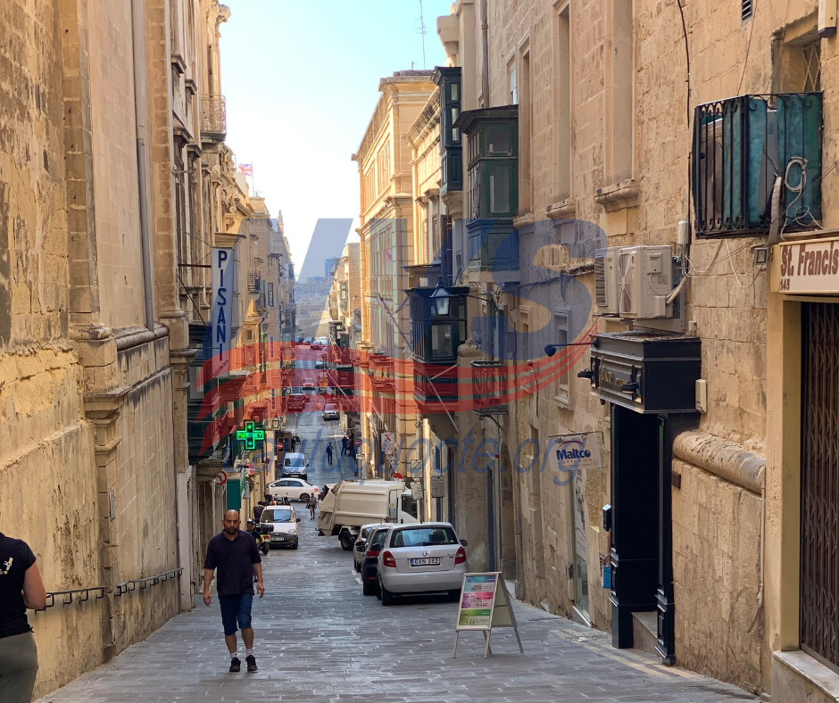 Giao thông thuận lợi ngay tại trung tâm thủ đô Malta