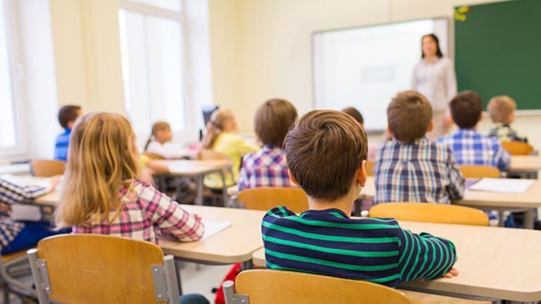 chi phí giáo dục ở Ireland