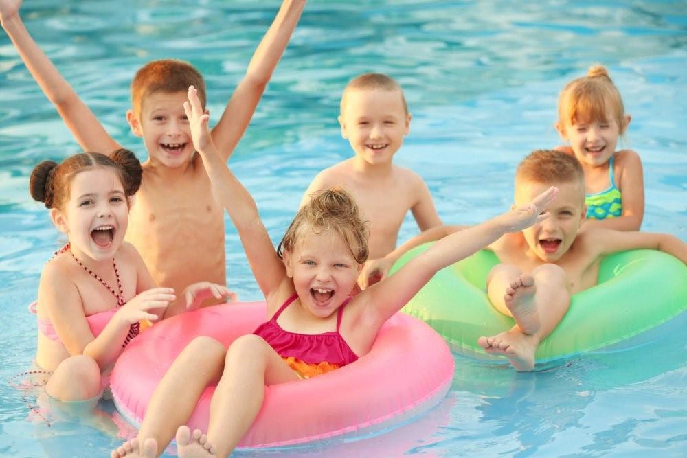Kết quả hình ảnh cho children swimming