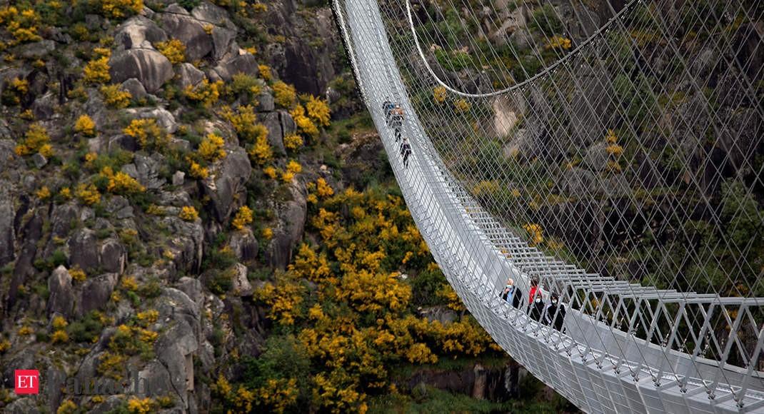 Cầu nối Thác Aguieiras và Hẻm núi Paiva - một điểm du lịch mạo hiểm mới nhất trong Công viên địa chất Arouca.